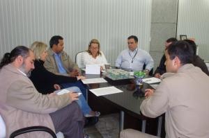 Representantes dos municípios que compõem o Consórcio Intermunicipal de Segurança com Cidadania da Costa Verde e Mar reuniram-se na manhã desta sexta-feira (22) no Gabinete da Prefeita de Camboriú, Luzia Coppi Mathias
