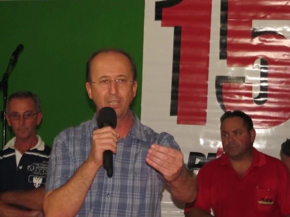 Prefeito Ademar na convenção do PMDB de Ilhota para escolha do novo diretório municipal