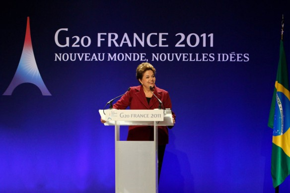 Presidenta Dilma concede entrevista coletiva em Cannes, na França, após reunião de cúpula do G20
