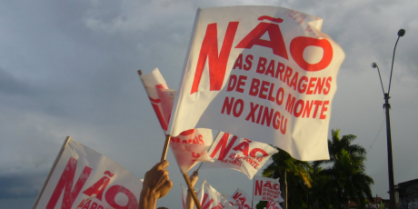 Bandeiras Não Belo Monte