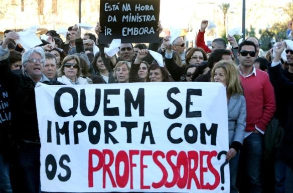 """Protesto de professores em Portim""""o"""