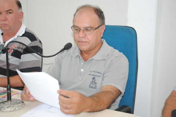 A segunda sessão ordinária do ano reuniu sete vereadores e foi presidida pelo vereador Rogênio Luiz (PSDB), mais conhecido como Deno.