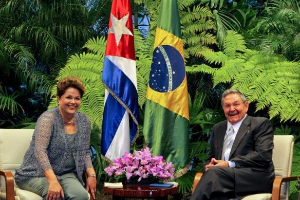 Na primeira visita oficial a Cuba, presidenta DIlma Rousseff se reúne com o presidente Raúl Castro. Foto: Roberto Stuckert Filho