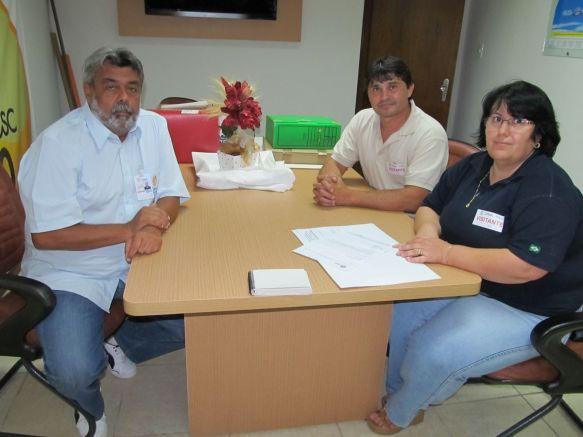 Vereador Calinho e a secretária de administração Ana Lúcia Wilvert
