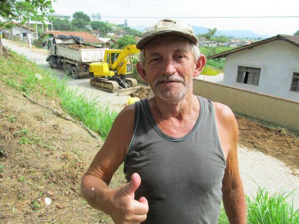 Seu Osmar Antonio Pfleger acompanhou o início das obras