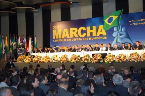 Prefeitos na XIII Marcha a Brasília