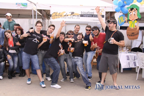 Fotos do Jornal Metas da galera do #ClubeDoRock na Estraatfest 2012