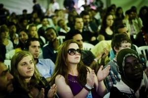 Jovens participam do encerramento do evento (Foto: Fora do Eixo)