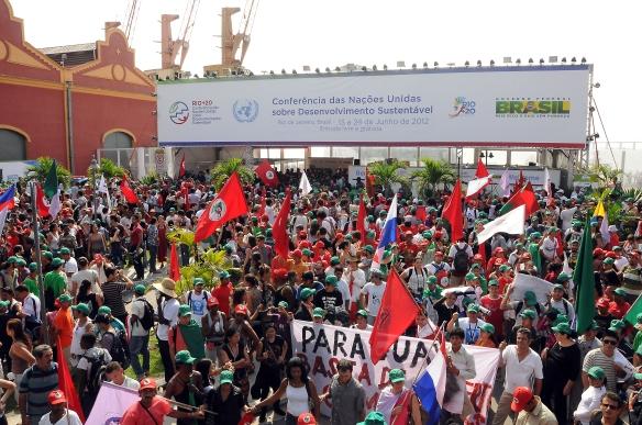 Rio +20 - Globalizando a luta contra agrotóxicos