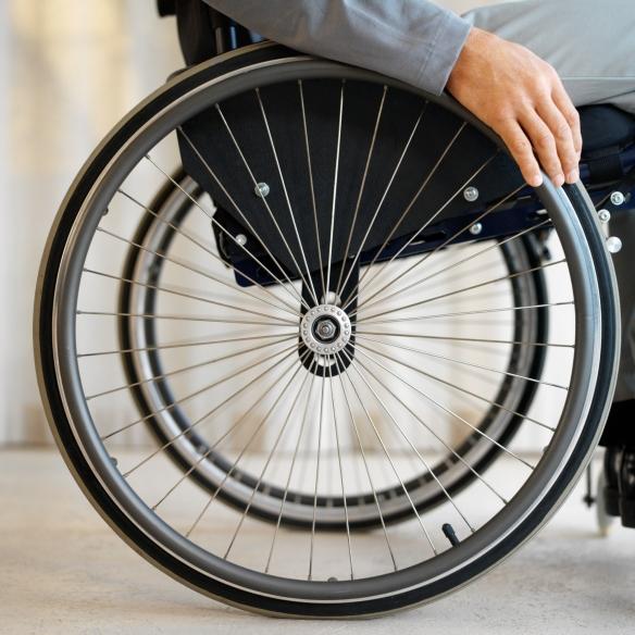 Centro aumenta oportunidades para pessoas com deficiência