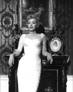 Atriz Marilyn Monroe foi vítima de uma overdose de sedativos e anti-depressivos