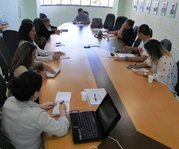 Colegiado de Cultura da AMFRI aprova roteiro do curso de Produtor Cultural
