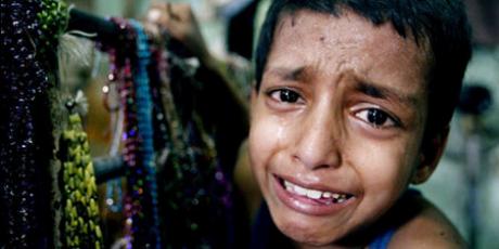 Índia: Escolas, não fábricas clandestinas