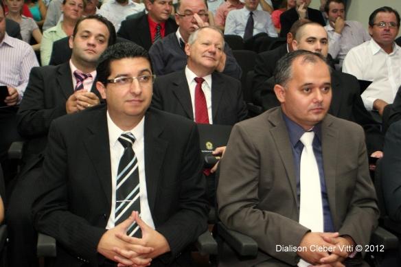 Daniel Bosi, prefeito eleito e seu vice, Lauri Adão Junior. Foto de Dialison Cleber Vitti © 2012