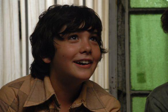O jovem Teo Gutiérrez Romero faz o papel do protagonista Juan, que tem o nome alterado para Ernesto durante sua vida clandestina