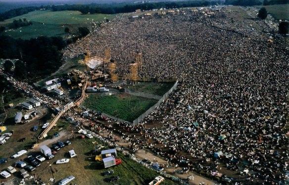Vista aérea do festival de Woodstock, em 1969