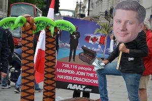 Membros da Avaaz em ação pedindo ao Primeiro-ministro Harper que agisse contra à sonegação de impostos