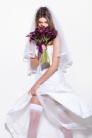 Camila Mingori para Vogue Noivas (2011). Foto J R Duran
