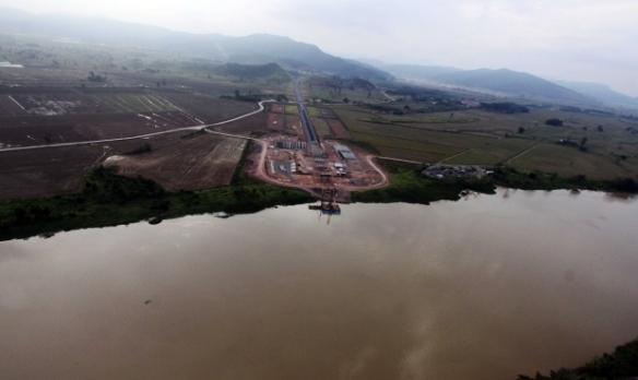 Governo do Estado repassa R$ 3 milhões ao município de Ilhota - Governador Colombo visita obras da Ponte de Ilhota. Fotos de James Tavares da SECOM (2)