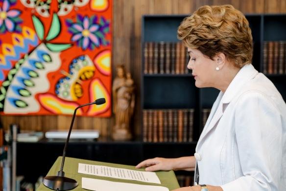 Carta de Dilma Rousseff ao Senado e ao Povo Brasileiro, Dialison, Dialison Cleber, Dialison Cleber Vitti, DialisonCleberVitti, Dialison Vitti, Dialison Ilhota, Cleber Vitti, Vitti, dcvitti, @dcvitti, #dcvitti, #DialisonCleberVitti, #blogdodcvitti, blogdodcvitti, blog do dcvitti, Ilhota, Newsletter, Feed, 2016, ツ
