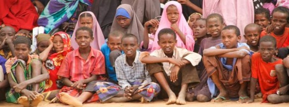 Refugiados estão sendo ameaçados de retorno forçado pelo governo do Quênia. Assine para defender seus direitos!