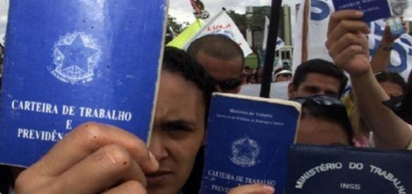 Desempregados no Brasil só aumenta