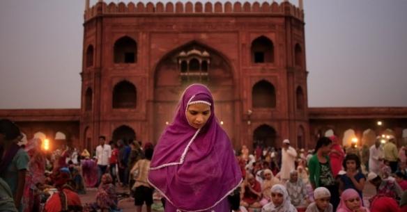 Índia pare de eliminar muçulmanos!