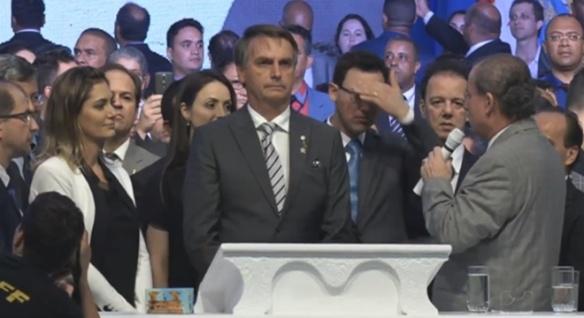 Por que os evangélicos votaram em Bolsonaro