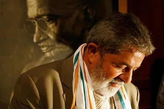 Discurso do então presidente Lula na cerimônia de assinatura do Estatuto do Desarmamento em 2003