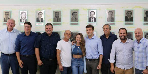Fabrício Oliveira é o novo presidente da AMFRI