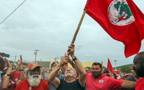Lula e o MST