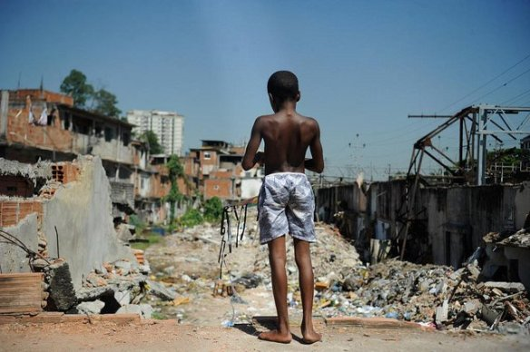 Bolsonaro toma 17 medidas que prejudicam o povo brasileiro